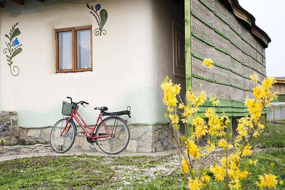 Izolatia caselor din chirpici